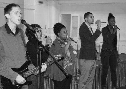 Worship at South Street Baptist Church